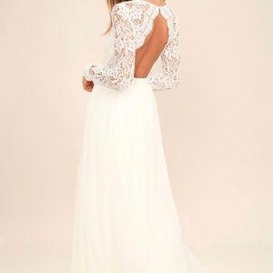 White long sleeve lace maxi dress